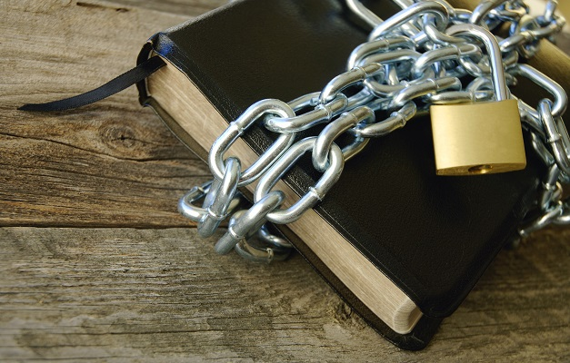 Persecuted Christians - Bible in Chains